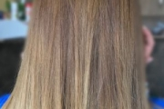 Стресът може да забави растежа на косата с до 30%