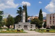 В Сливен правят първия спешен център само за роми
