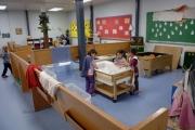 975 са настанените в медико-социални домове деца