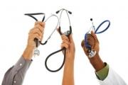 Лекари заплашват с протест на професионалния си празник