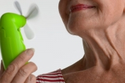 Топлите вълни през менопаузата не носят сърдечносъдов риск