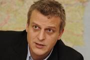 Министър Москов се извини за изоставената на пътя родилка
