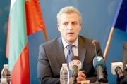 """""""Мръсна война"""", нарече ситуацията около ваксините министър Петър Москов"""