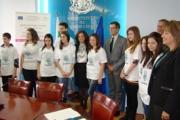 Ученици получиха награди за участие в проект за деца от социални домове
