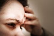 """Жертвите на ортостатичната хипотония често виждат """"мушици"""" или проблясквания"""