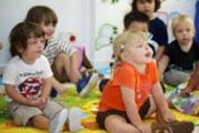В детски градини и училища - задължително медицинско лице