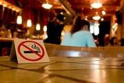 Искат затваряне на заведения, в които се пуши