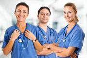 Обявиха допълнителен прием за акушерки и медицински сестри