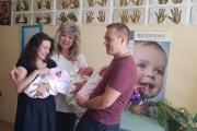 Родителите на тризнаците: Днес с голяма радост всички се прибираме у дома