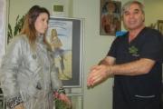 """Собственикът на """"НиаМед"""" д-р Христов стана """"Най-добър дядо"""" навръх Бабинден"""