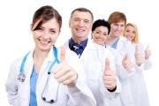 Предлагат новозавършили медици да могат да работят като джипита